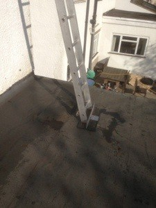 Safe ladders on flat roof watford